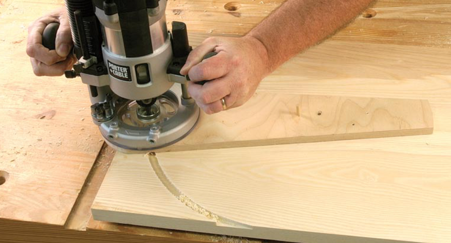 cutting a circle with a router